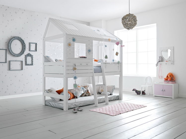 двухъярусная кровать-домик 1
