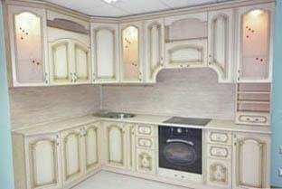кухня с фасадом патина 1