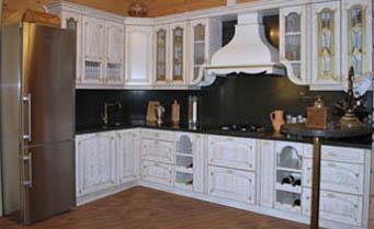 кухня с фасадом патина 2