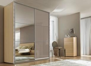 Зеркальный шкаф-купе 015а
