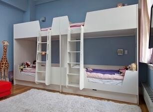 Кровать трехъярусная 117а